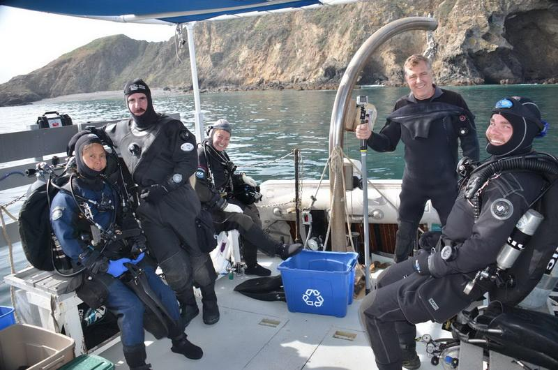 ODA Volunteer Dive Crew geared-up and ready to dive to remove ocean debris