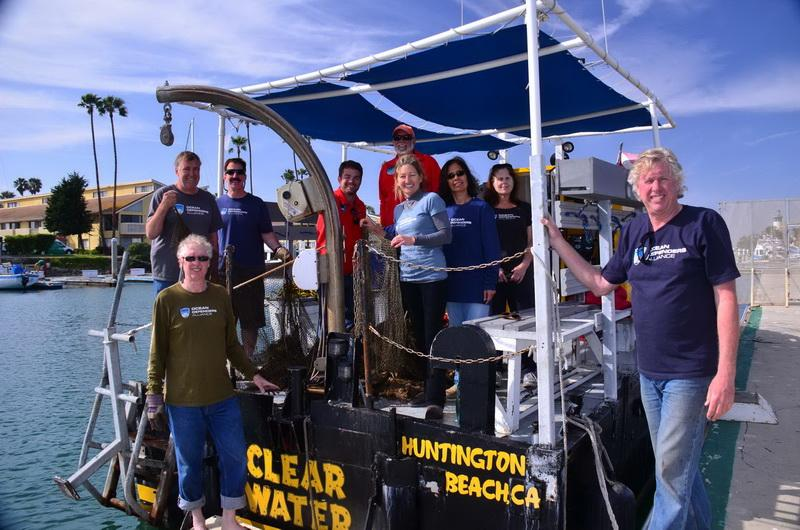 "ODA Volunteer Dive & Boat Crew with their ""day's catch"" - 600 pounds of abandoned squid net safely out of the ocean!"