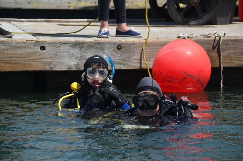ODA Volunteer divers ready to haul-out debris