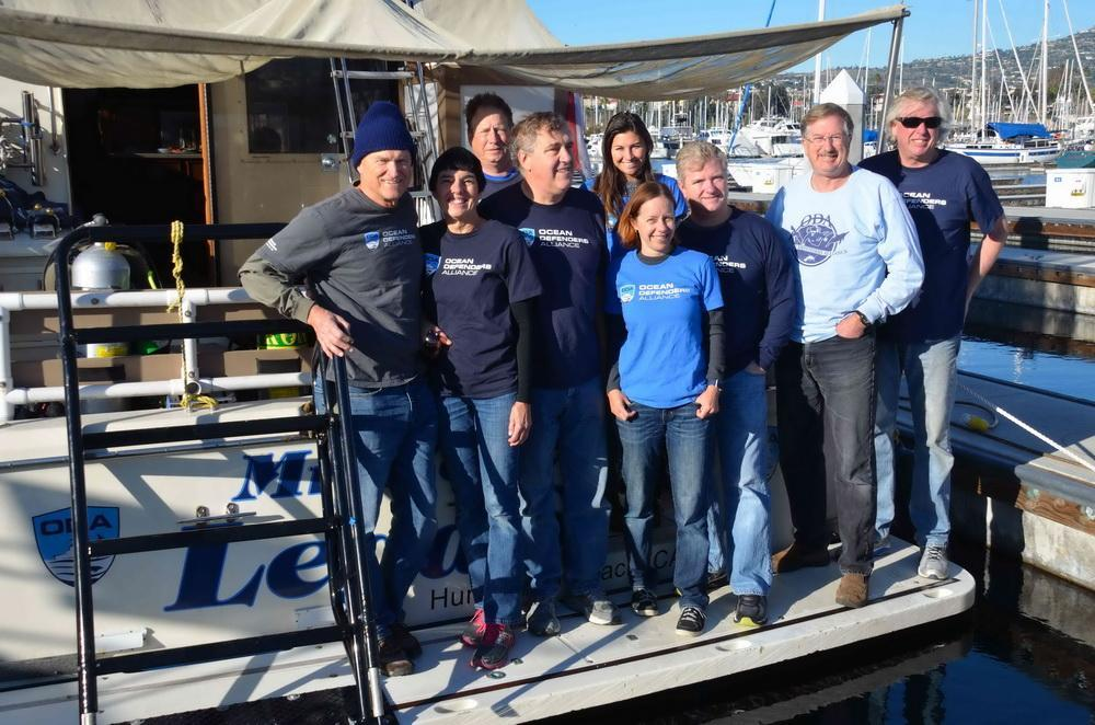 Ocean Defenders Volunteer Boat & Dive Crew before departure