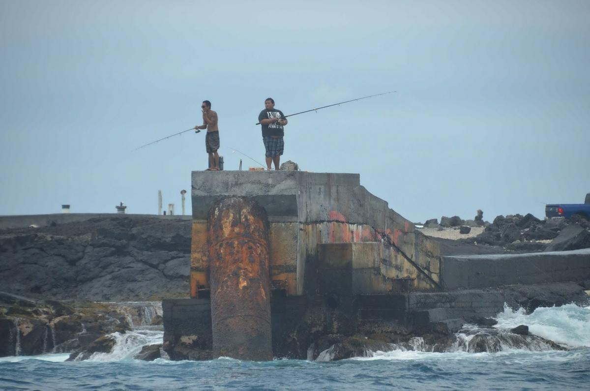 Fishermen on structure
