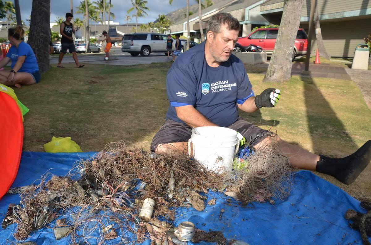 Tim cutting line from weights