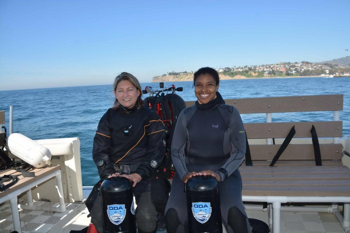 ODA Divers Kim and Shani
