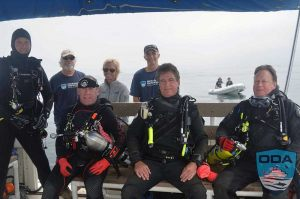 California-people-Crew-before-dive-1LR
