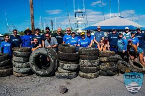 Hawaii-debris-Crew-w-tires-galore-1-PSLR